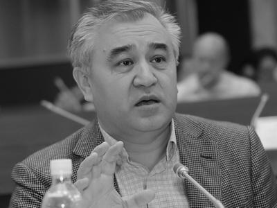 Иса Омуркулов невидит оснований для импичмента Атамбаева