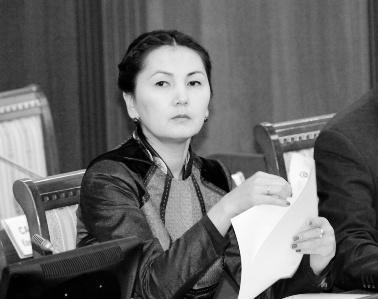 """Аида Салянова, депутат фракции """"Ата Мекен"""": """"Посмотрим, что будет, если меня посадят"""""""