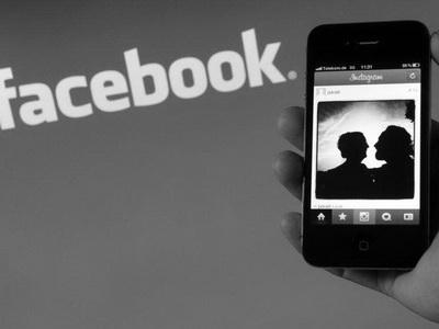 ВКыргызстане официально разрешили критиковать президента в социальных сетях