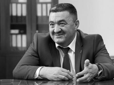Омурбека Текебаева вынудили  выплатить 1 млн  заклевету