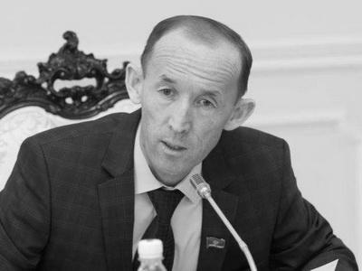 Узбекистан отменяет большинство ограничений навалютном рынке