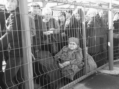 Напунктах пропуска границы Казахстана иКыргызстана— многочасовые заторы