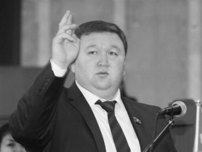 Новым лидером фракции «Республика-Ата Журт» стал Руслан Казакбаев
