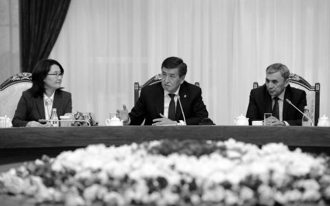 Президент Киргизии отправил вотставку руководителя собственной администрации