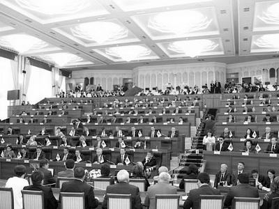 Парламент Кыргызстана утвердил кандидатуру нового премьера